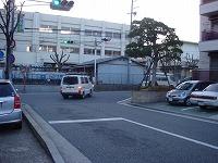 右折-兵庫県伊丹市整体カイロプラクティック院